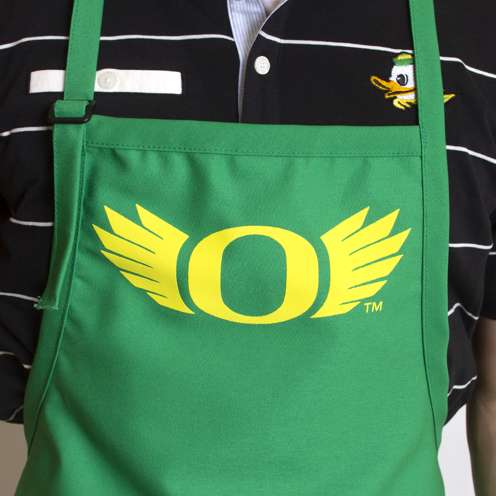 O-logo, WINGS, Apron, Close-up
