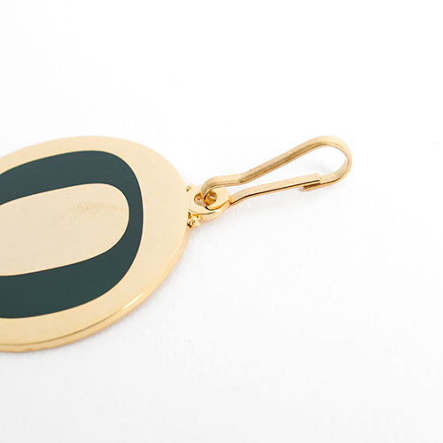 O-logo, Gold color, Zipper Pull